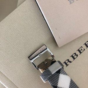 Burberry Accessories - 🎉SALE🎉Women's Burberry Watch